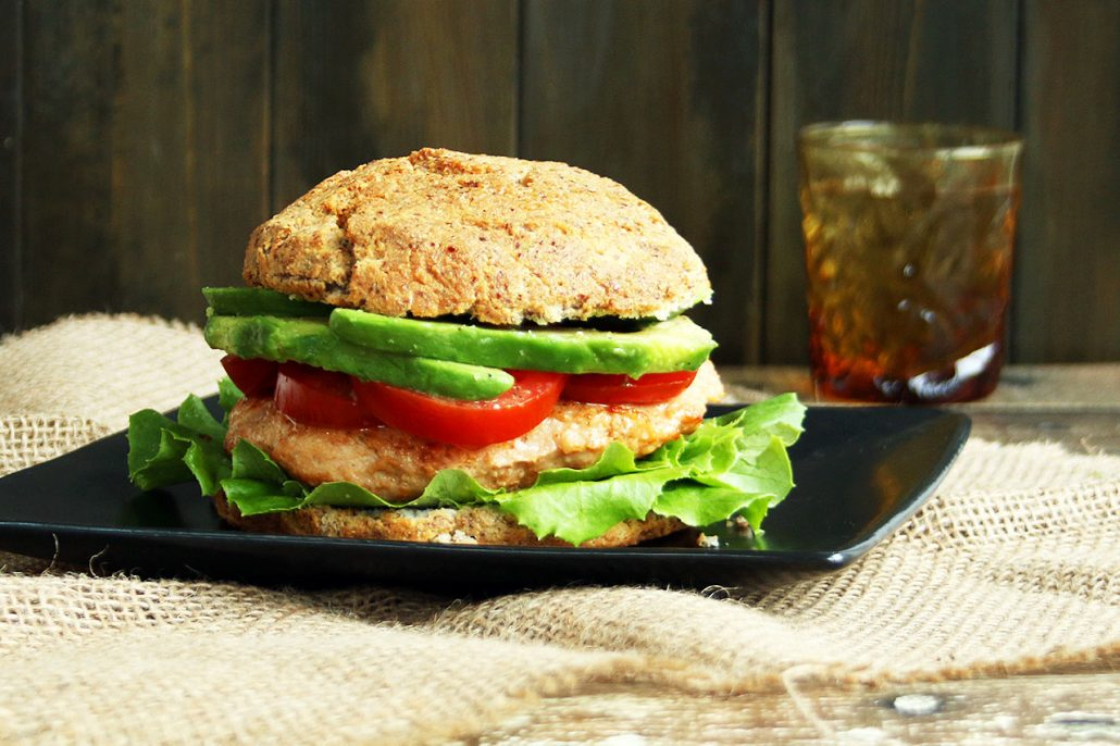 Low-carb Chicken Burgers